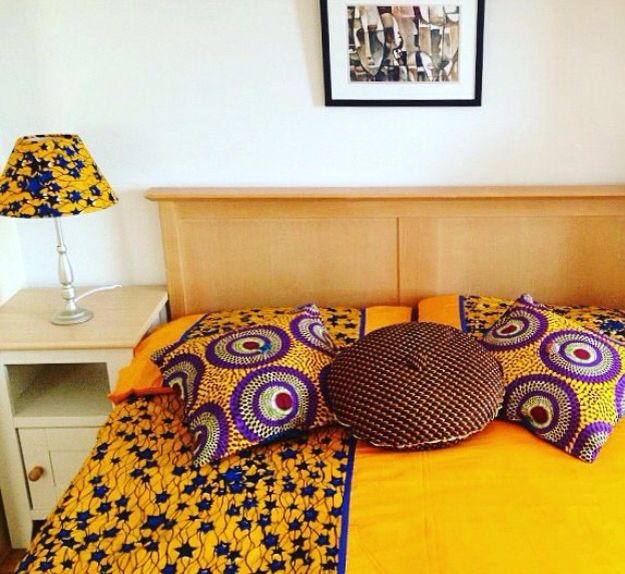 joli parure de lit en wax afrikan fabric love ankara fashion pinterest decoration deco. Black Bedroom Furniture Sets. Home Design Ideas