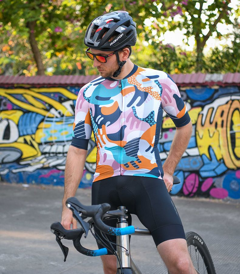 Unique Cycling Kits In 2020 Unique Cycling Jerseys Cycling