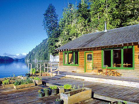 Blackfish Lodge British Columbia Floating Fishing Lodge On The Water Www Rusticvacations Com Fishing Lodge Rustic Vacation Vacation Offers