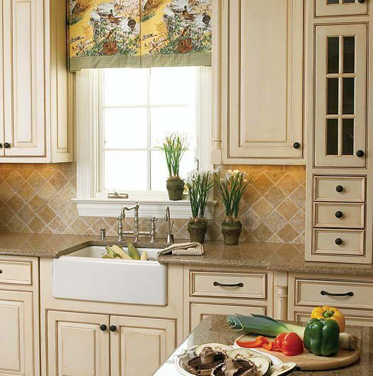 23 Best Cottage Kitchen Decorating Ideas And Designs For 2019: French Country Kitchen Cabinet Colors