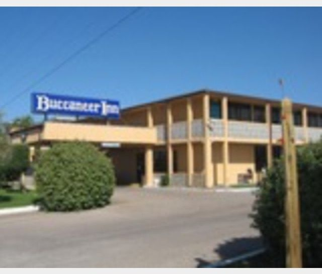 The Only Hotel On St George Island Buccaneer Inn