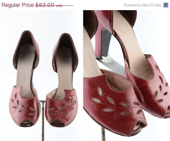 25% off 1930s shoes/ 30s peep toes/ red leather