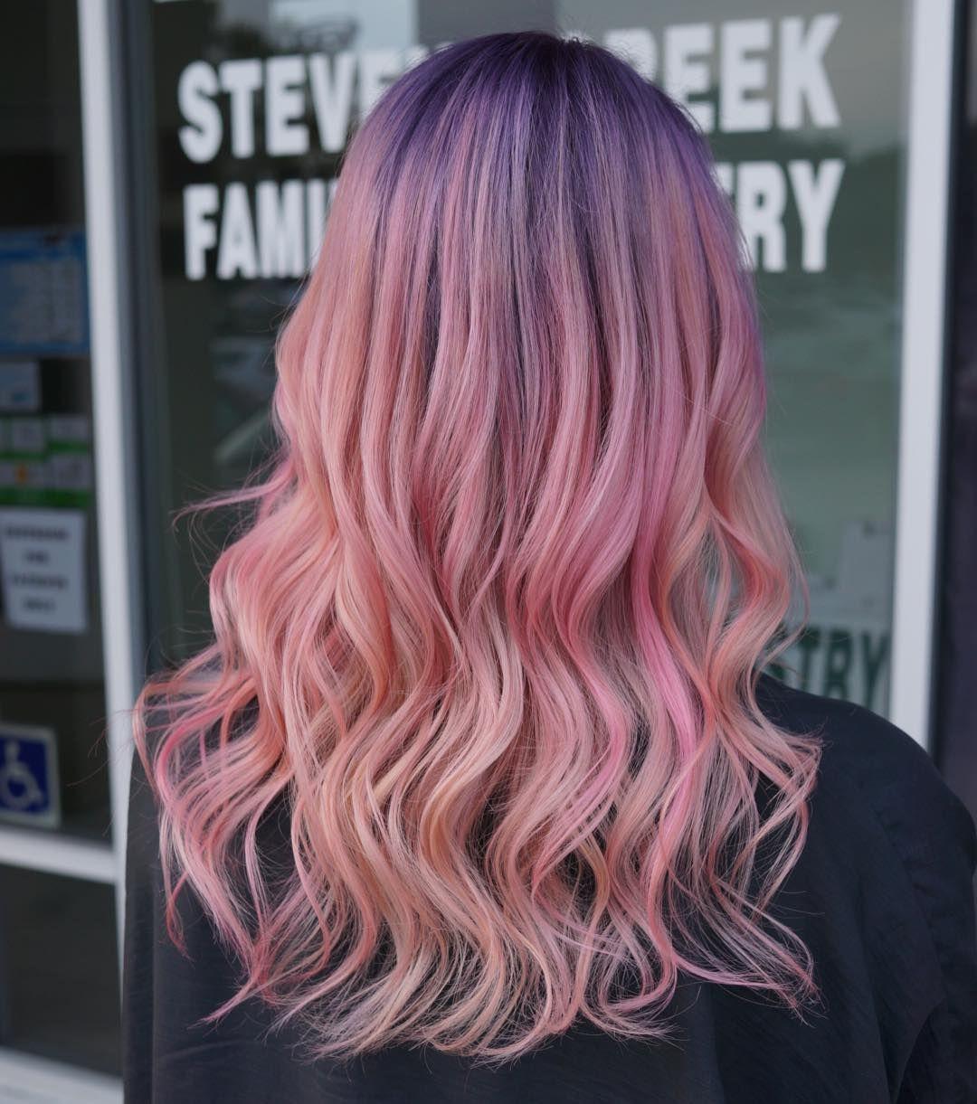 Colorful Do Hairstyle Haircolor Hairgoals Mermaidhair Balyage Waves Colofulwaves Wavyhair Beachwave Hair Styles Light Purple Hair Beauty Hair Color