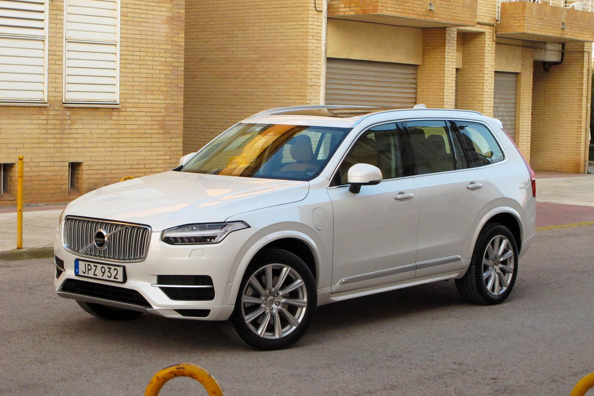 volvo interior revealed officially news cabin