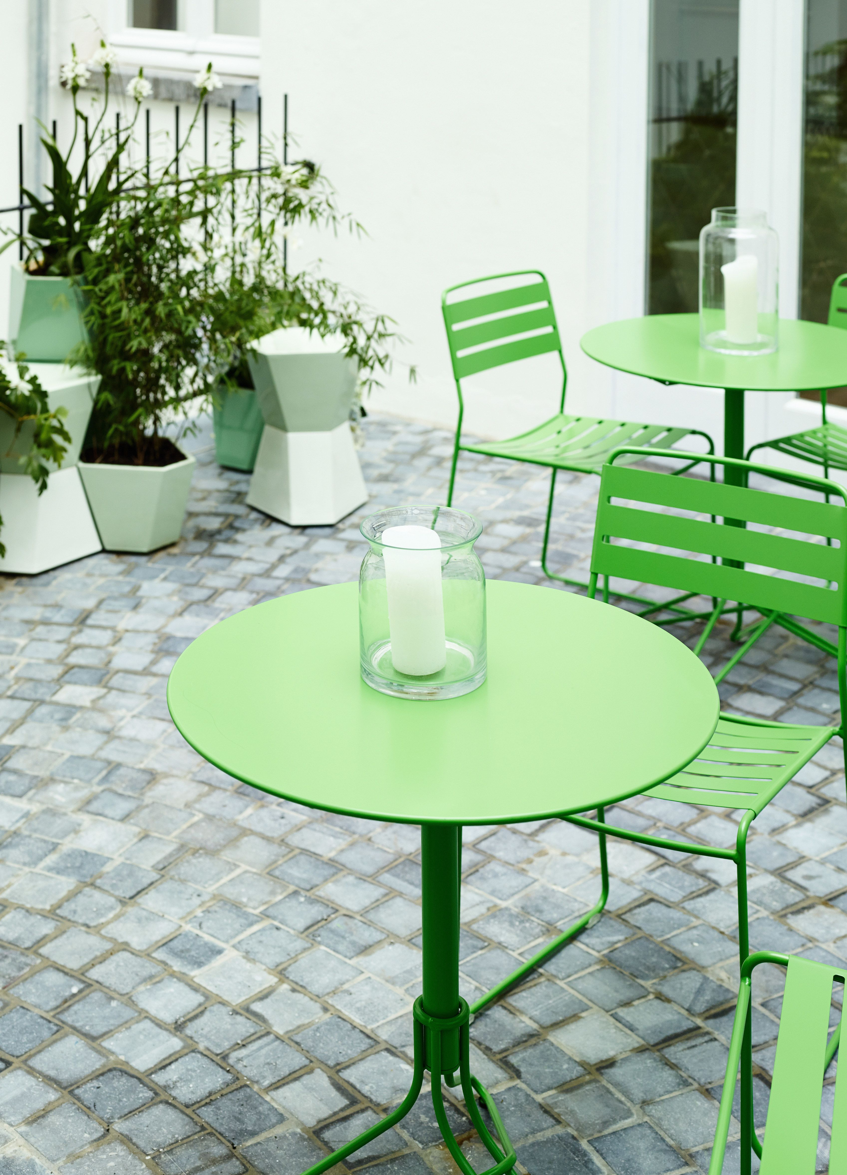 Tables Chaises Hotel Surprising Mobilier Exterieur Fermob Mobilier Exterieur Mobilier De Salon Mobilier