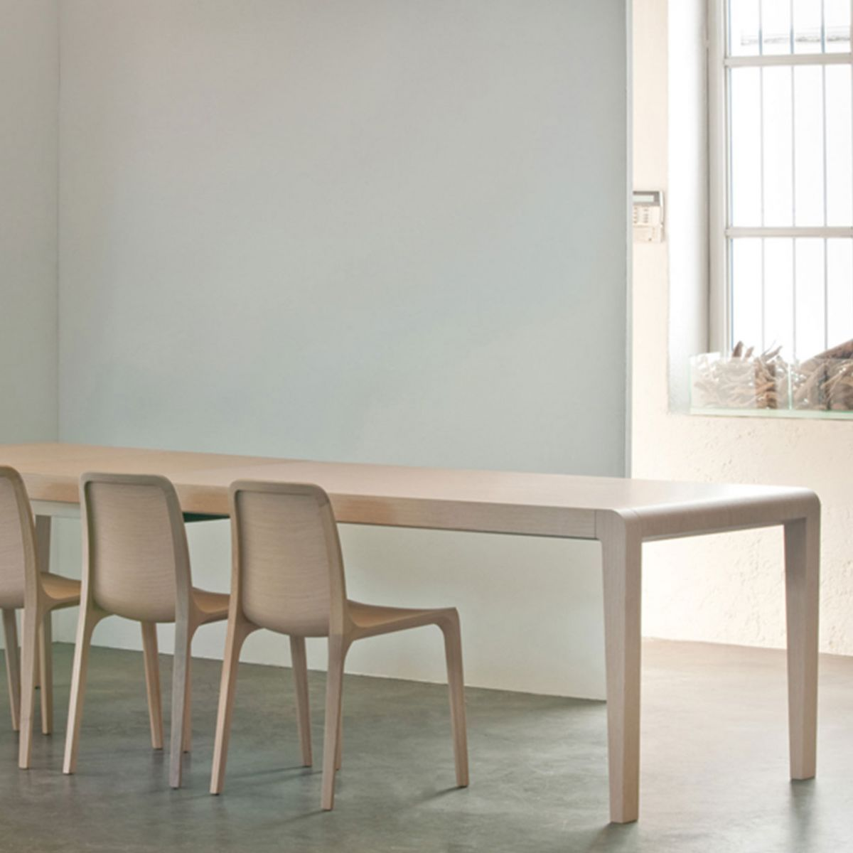 Tavolo modello exteso ideale per l 39 arredo ristorante for Tavolo in rovere sbiancato