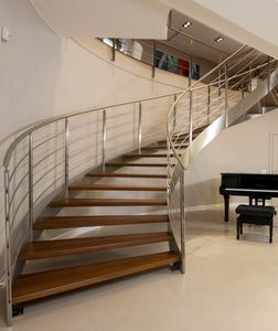 Best Helical Staircase Concrete Frame Wooden Steps With 400 x 300
