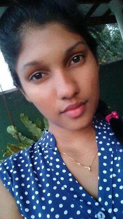 Sinhala girl photo