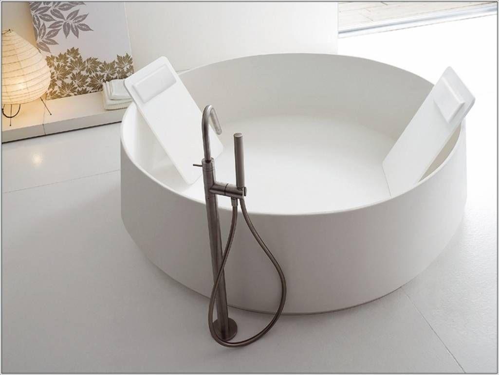 Modern Bathtubs Add A Contemporary Twist To Your Bathroom