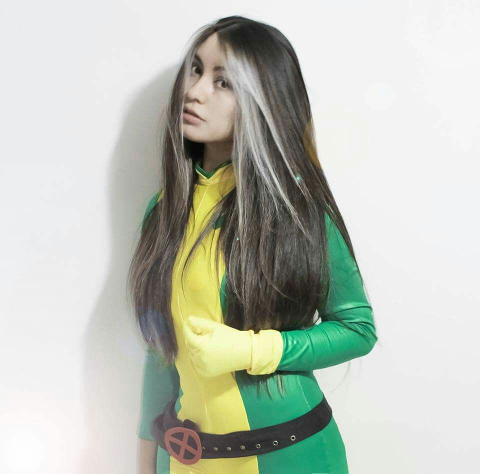 Rogue X-men Cosplay by Marie Brisees