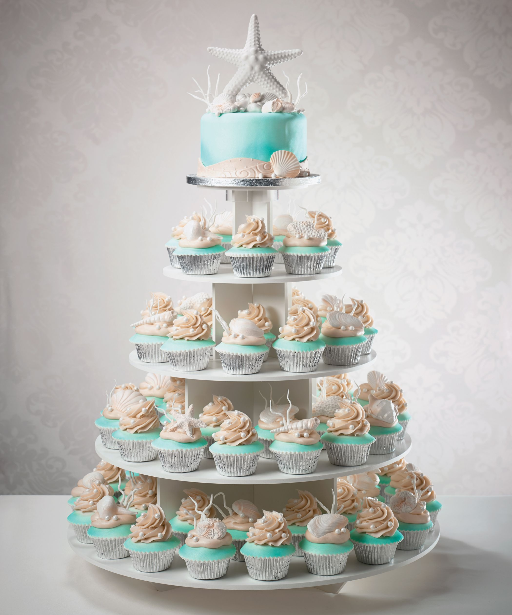 Cupcake Ideas For Wedding: Wedding Cake And Cupcake Tower For A Beach Destination