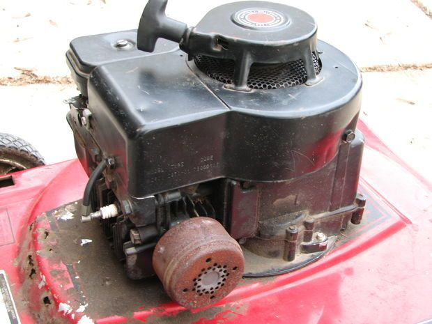 old briggs and stratton engines - Google Search | Old Briggs
