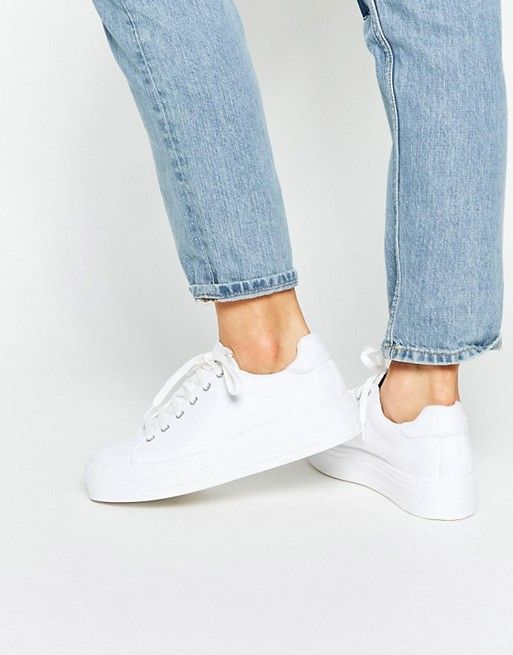 Discover the whole range of women's shoe styles with ASOS.