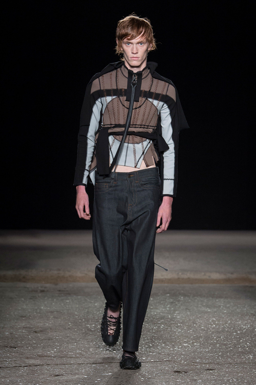 Craig Green Spring 2018 Menswear Collection Photos - Vogue. HiverHommesMode  HommeDéfilé ... cad46b72fbf