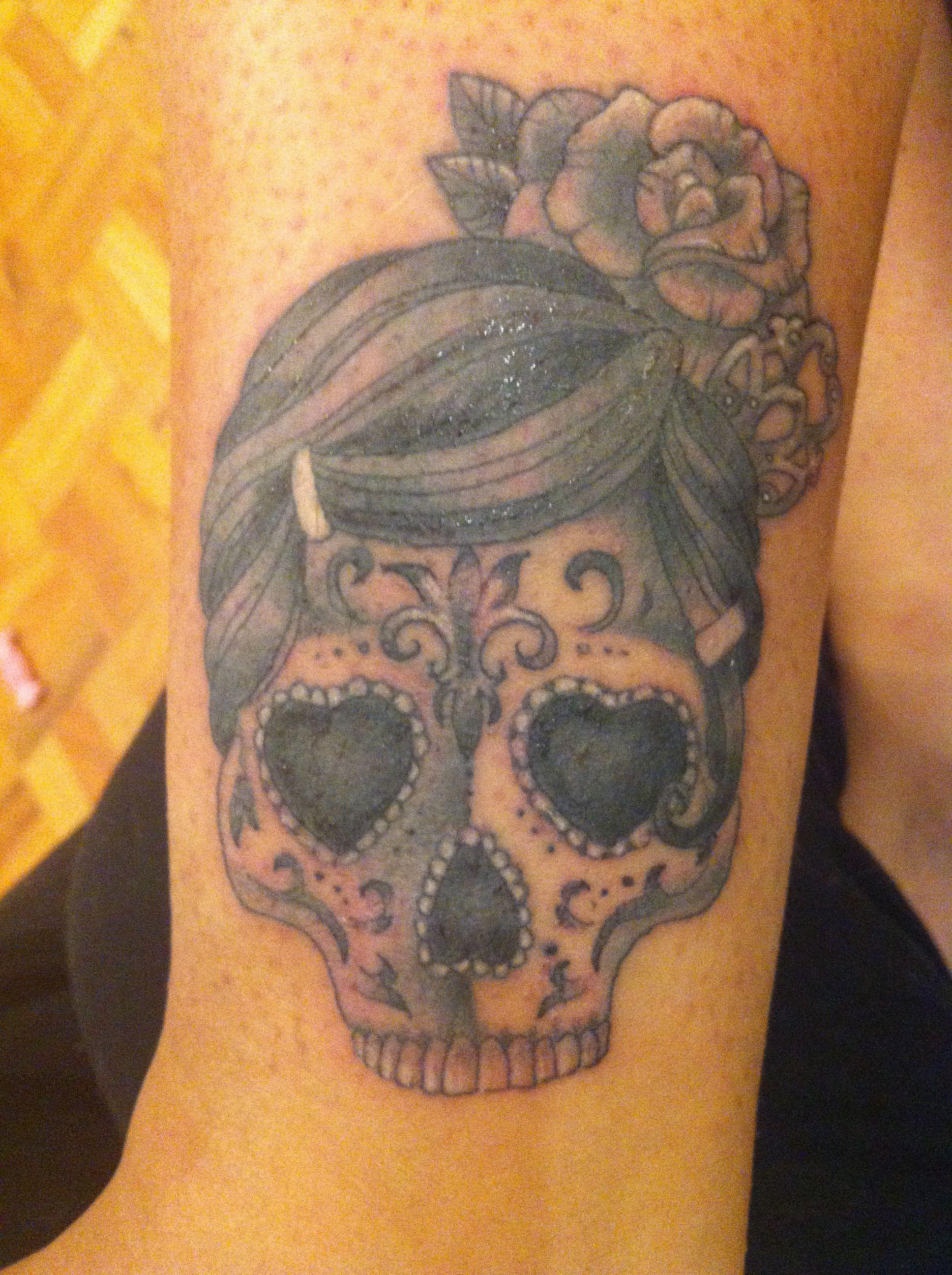 Minha nova tattoo, caveira flamenca, feita pela querida e talentosíssima @Deborah Deh Soares!