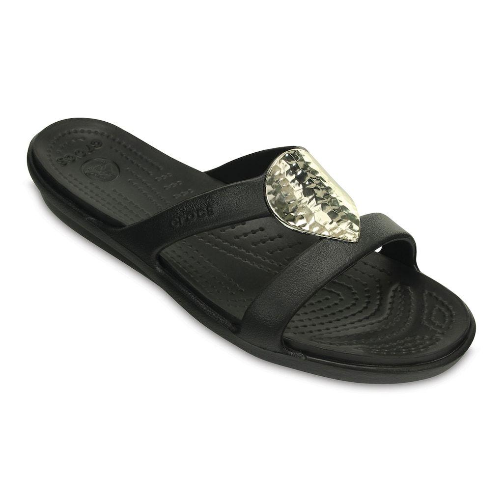 e315513a6 Crocs Sanrah Hammered-Metallic Women s Sandals