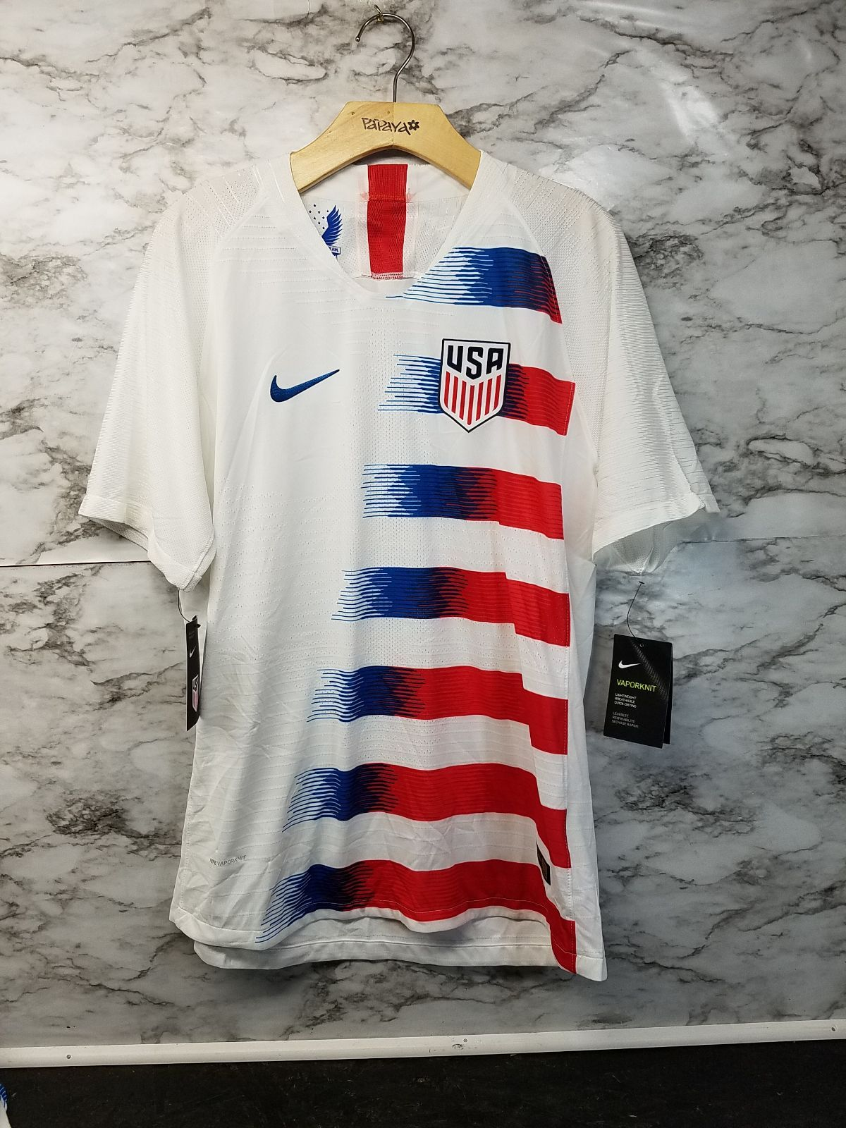 Nike Usa Vaporknit Soccer Jersey Mens L In 2020 Usa Soccer Jersey Soccer Jersey Usa Soccer