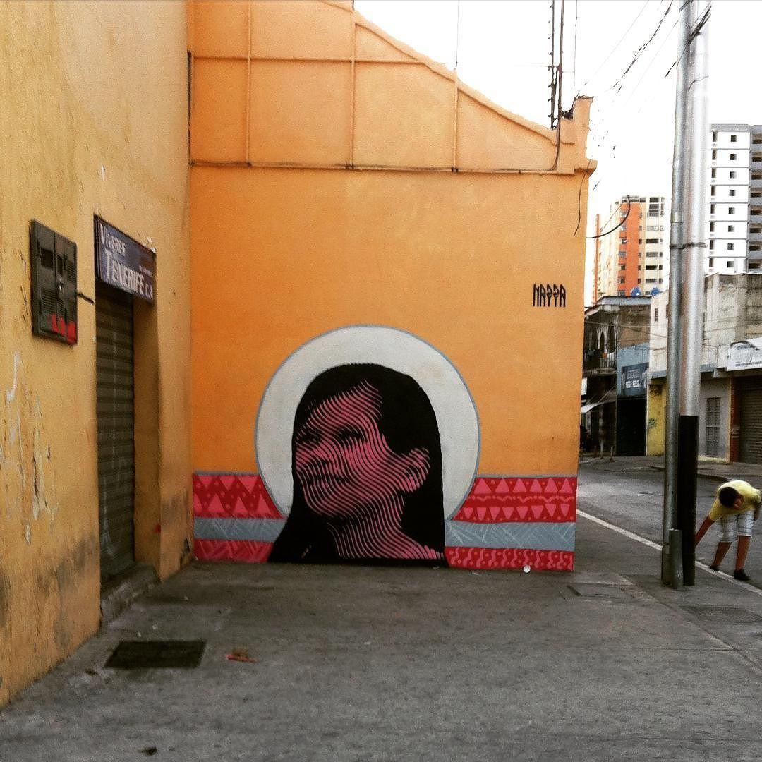 Maracay - Yusmely Carolina (ciudad caribia ccs) festival huellas del arte 2016 @osorioalexander @figueiraadrian @masgone1 @huellasdelarte #nazza #huellasdelarte #nazza #girl #face #chama #stencilart #stencil #halftone #nazzastencil by nazza.stencil