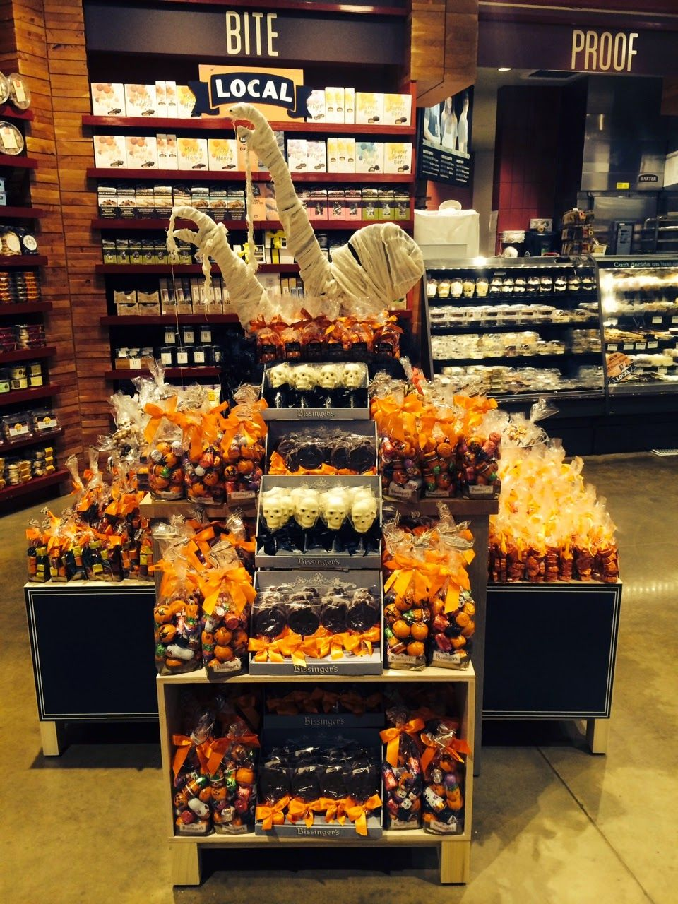 halloween grocery store displays google search - Halloween Display Ideas