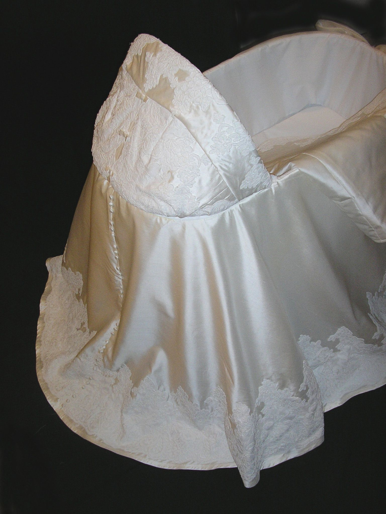 Repurpose wedding dress  Turn wedding gown into bassinet skirt  Like  Pinterest