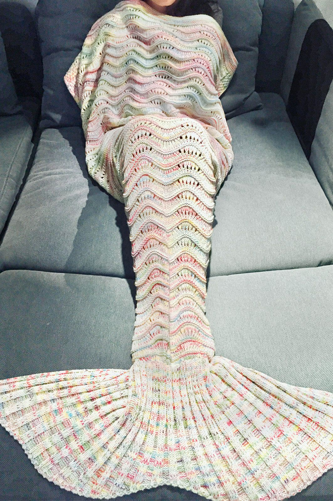Comfortable Multicolor Knitted Throw Mermaid Tail Design Blanket For ...
