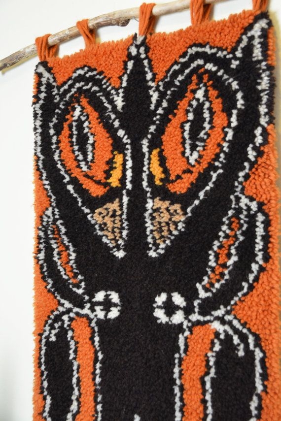 Gorgeous Owl Wall Hanging. Handmade in the seventies from Dancers Road vintage shop on Etsy!
