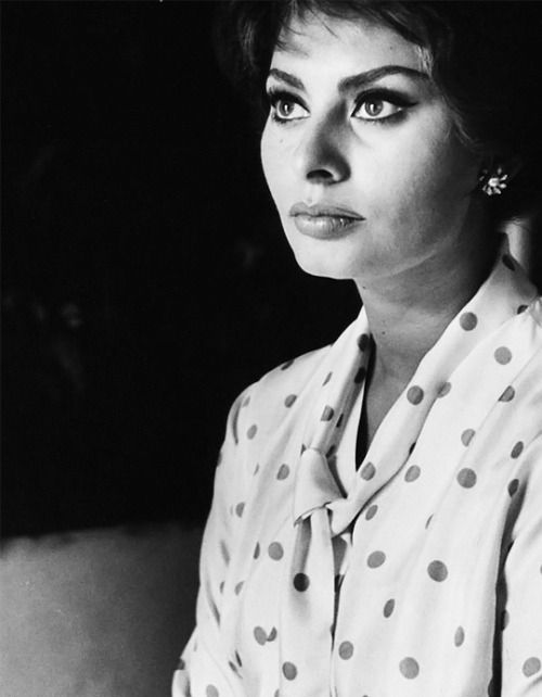 Sophia Loren. Photographed by Alfred Eisenstaedt. (1961)