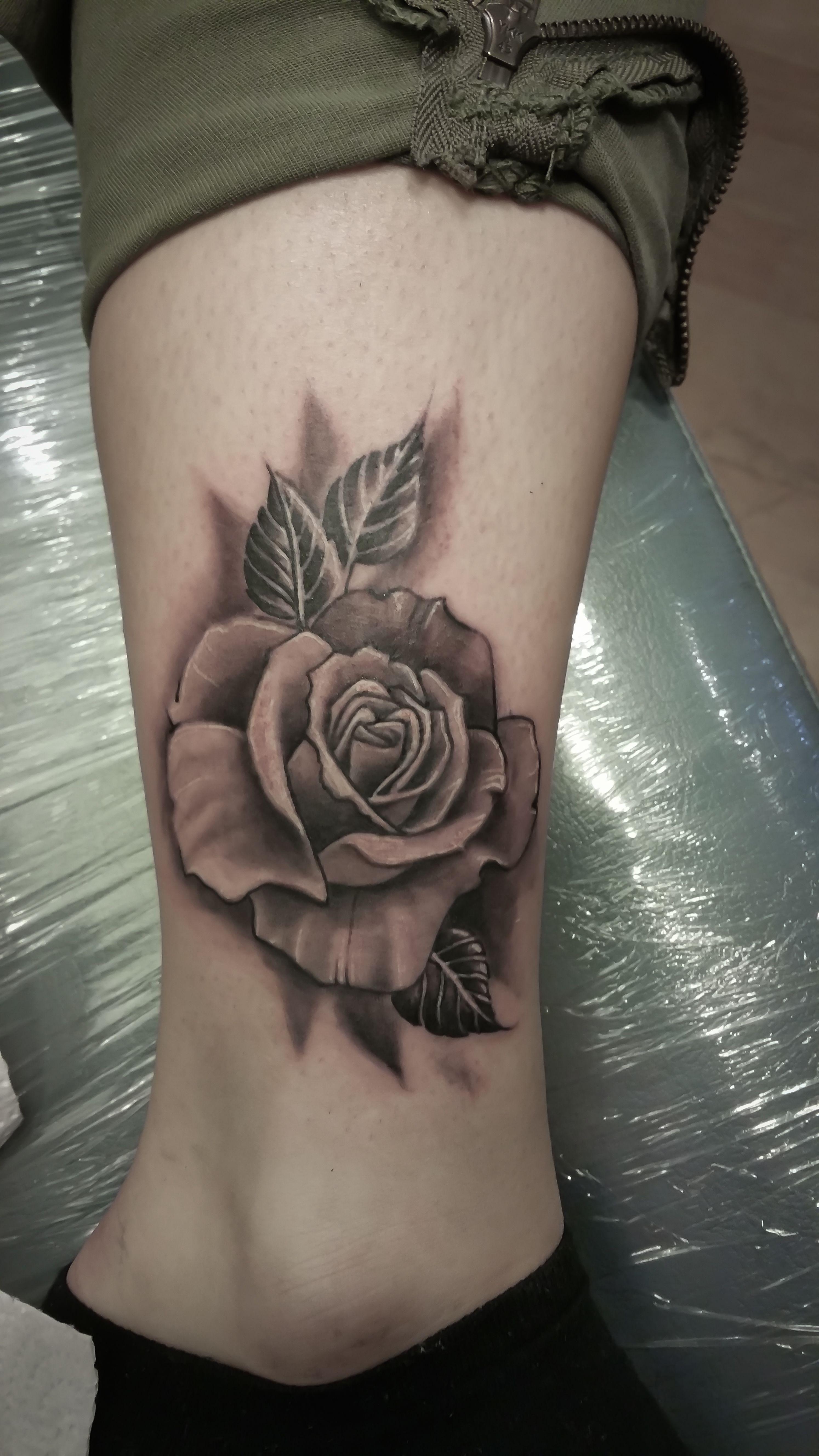 Rose Tattoo Black And White Rose Rose Drawing Tattoo Tattoos Rose Tattoo Design