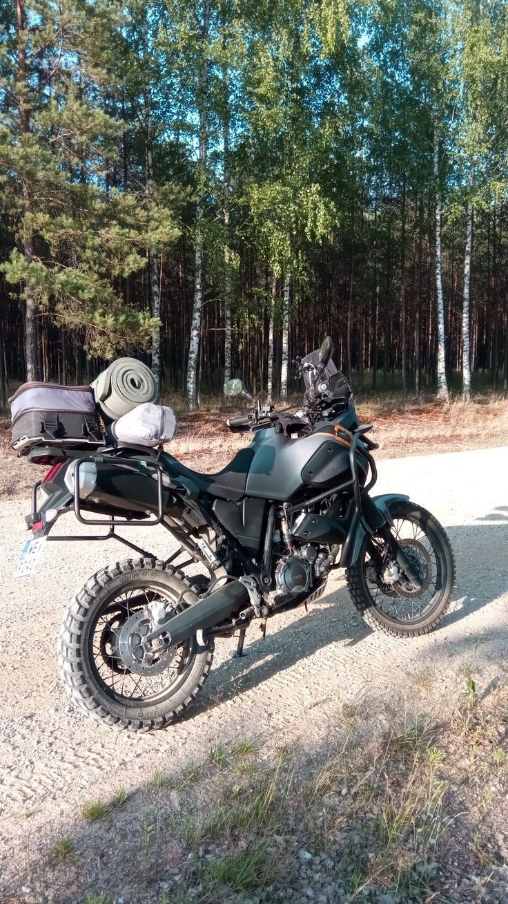 Dual sport and adventure bikes Xtz 660, Automobilismo