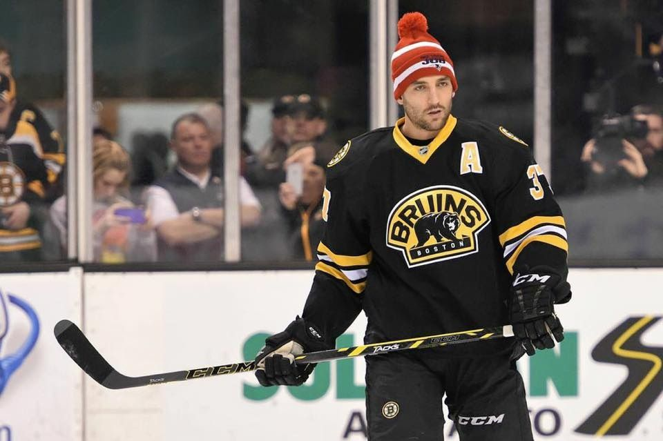 Bergy supporting the pats Patrice bergeron, Boston