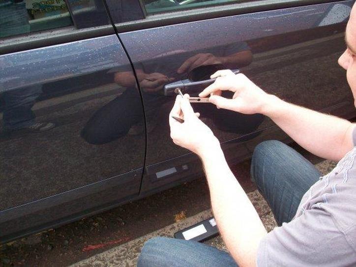 A Brief Guide to Car Locksmiths Auto locksmith