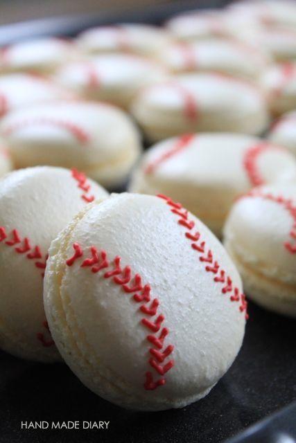 Photo of baseball macaron
