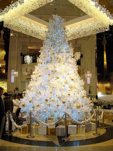 Pin de pedro alanez calcina en navidad aquarella - Como adornar un arbol de navidad blanco ...