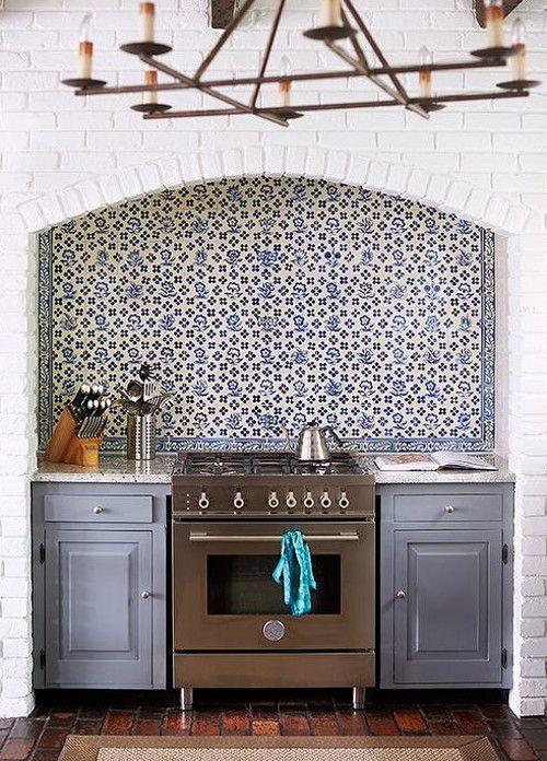 Blue And White Vintage Floral Delft Tile Backsplash In A Renovated Kitchen By Lisa Mende Design Via Attic Blue Mosaic Tile Brick Kitchen Mosaic Tile Backsplash
