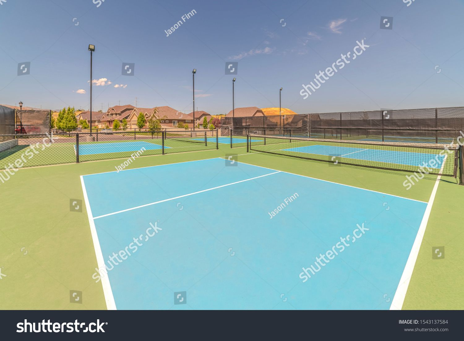 Turf Tennis Courts With No People On Sunny Day Ad Aff Courts Tennis Turf Day Animal Logo Inspiration Tennis Court Animal Logo