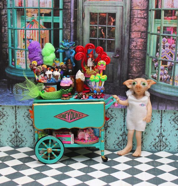 Reserved, please don't buy-Dollhouse Miniature Harry Potter Honeydukes Candy Trolley with House Elf