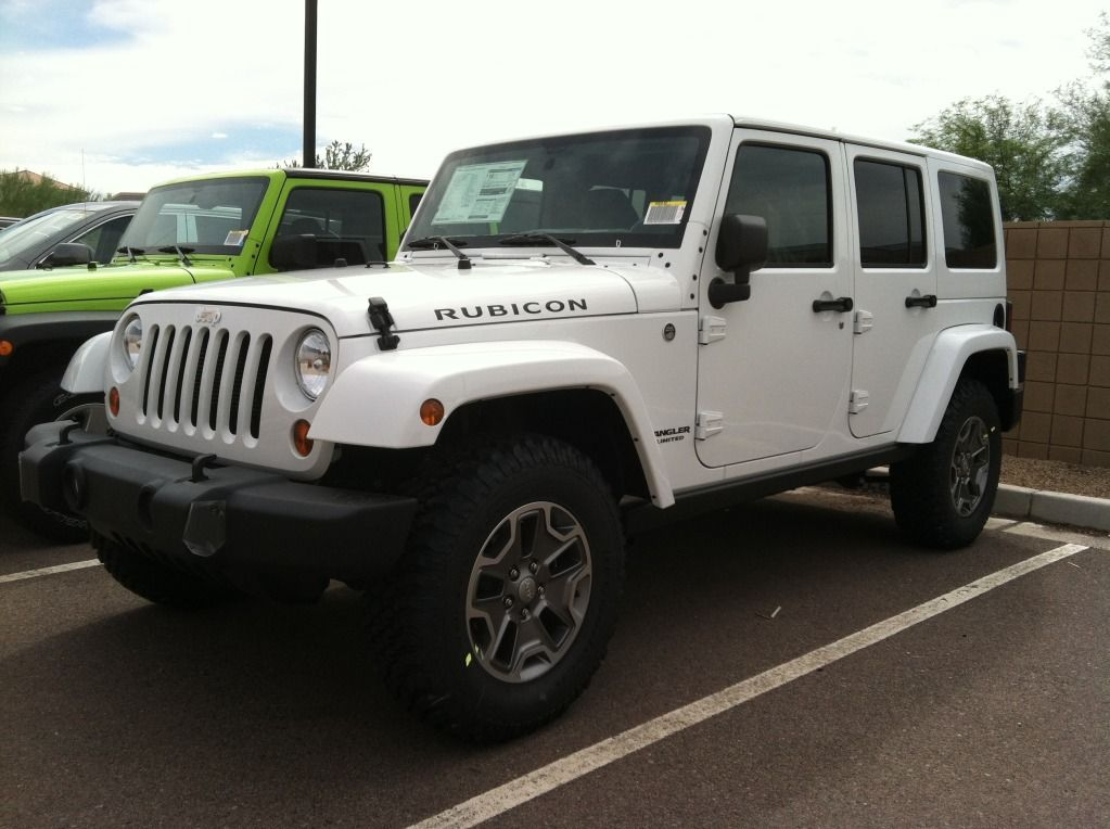white jeep rubicon google search my lead foot pinterest white jeep jeep rubicon and rubicon. Black Bedroom Furniture Sets. Home Design Ideas