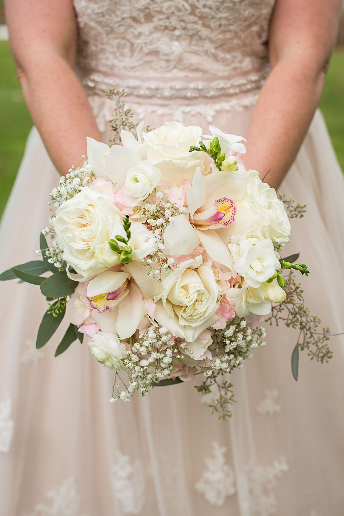 Wedding Flower Names And Bridal Bouquets Rose Wedding Bouquet