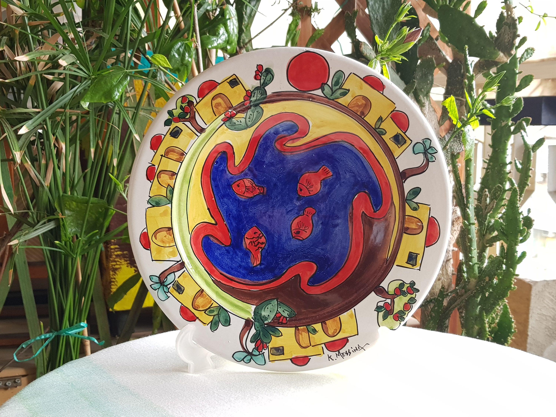 Come Appendere Piatti In Ceramica piatto decorativo in ceramica siciliana. centrotavola in