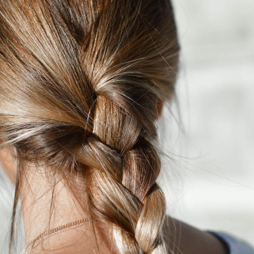 Tranca Truque Quem Mais Adora In 2020 Loose Braid Hairstyles Oily Hair Thick Natural Hair