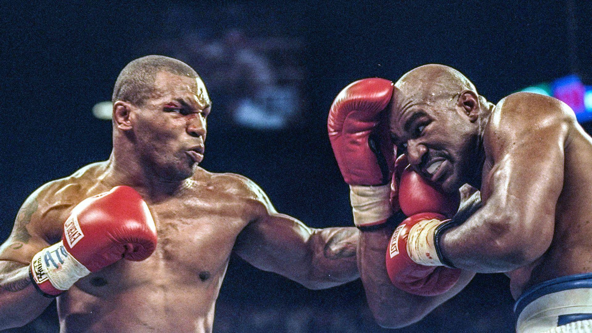 50 Fantastic Photos Of Iron Mike Tyson Mike Tyson Mike Tyson Training Mike Tyson Boxing