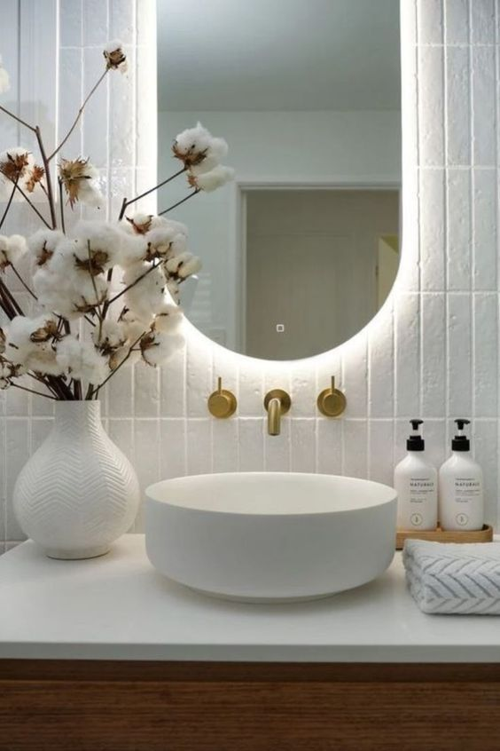 Photo of Rustic home decor Stylish bathroom ideas have never been so beautiful! Many girls have been looking for our Charming Guide since the beginning of the year and it is finally published. Now is the time to act! See how … #interiors #homedecor #interiordesign #homedecortips