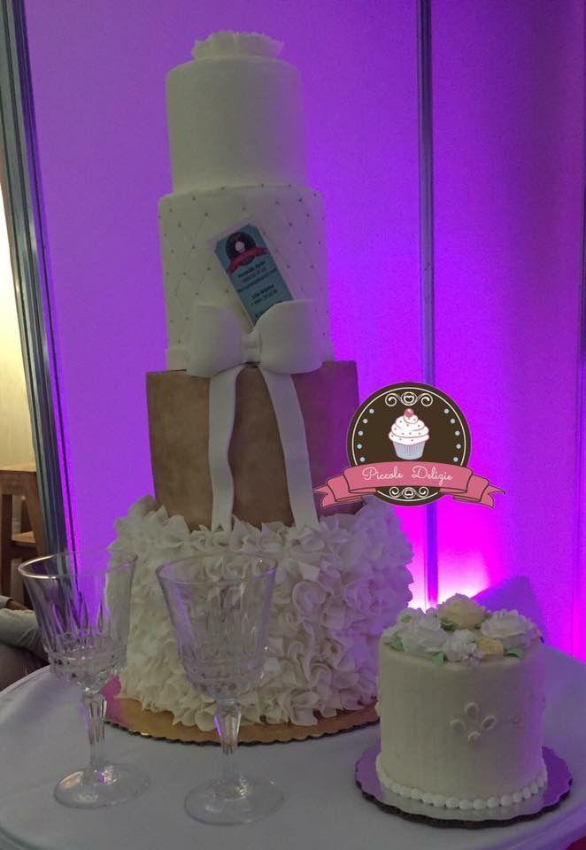 Pastel fondant de utilería para bodas