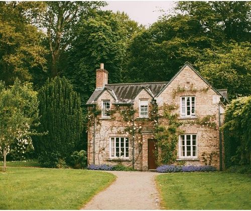 Pin By Ashley Jebb On She Found Home Between His Arms Dream Cottage House Exterior Architecture