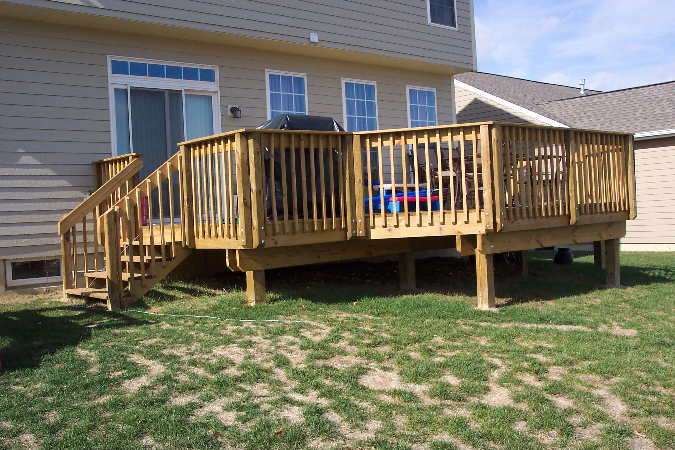 15 Clever Initiatives of How to Craft Simple Backyard Deck ... on Simple Back Deck Ideas id=82625