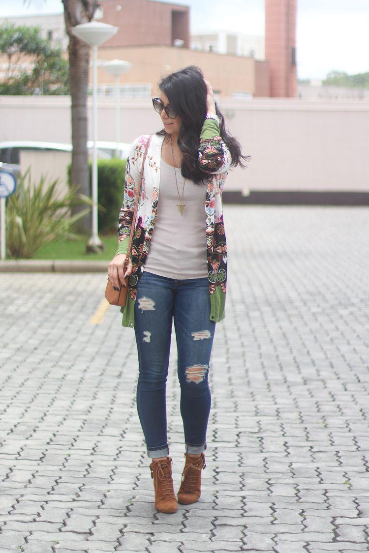 Look de inverno casual: Bota caramelo, bolsa caramelo, jeans