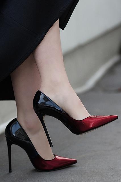 ee2797924af Alice in 2019 | Loving Shoes | Shoes heels, Shoes, Heels