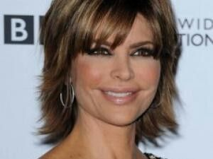 Pin By Isabelle Sophie On Coiffures Et Maquillage Lisa Rinna Cute Hairstyles Hair Styles