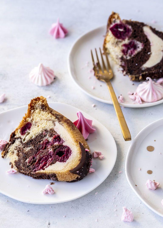 Donauwellen Gugelhupf Rezept mit Chessecake Füllung Rührkuchen einfach lecker backen Marmorkuchen #gugelhupf #donauwelle #kuchen #backen #bundtcake #cake | Emma´s Lieblingsstücke #rührteiggrundrezept
