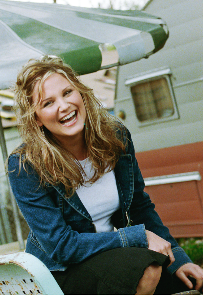 Photo shoot with Jennifer Nettles of Sugar Land for their first CD cover.  Photography By Julie Ann Fineman